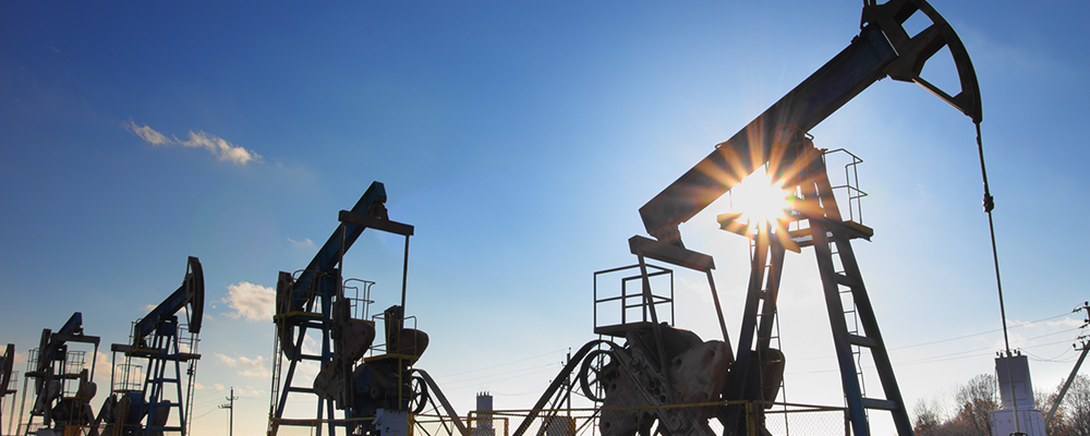 Shale Oil Is Slow to Recover Removing on the Key Caps for Oil Price Growth